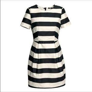 H&M Black & White Striped Short Sleeve Dress